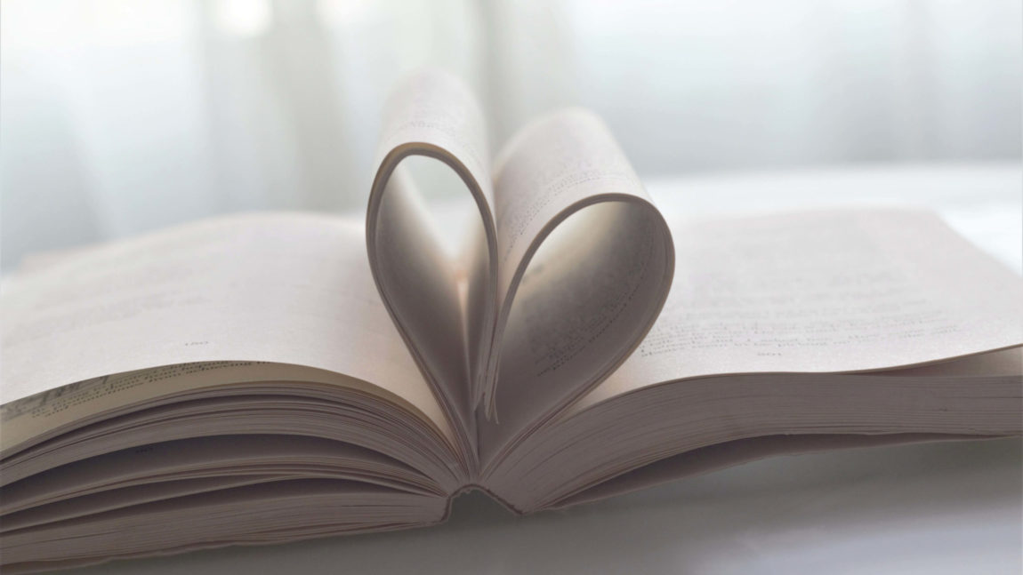 Los mejores libros de amor en español (especial novelas románticas)